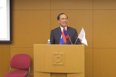駐日ラオス人民民主共和国 特命全権大使 ケントン・ヌアンタシン閣下